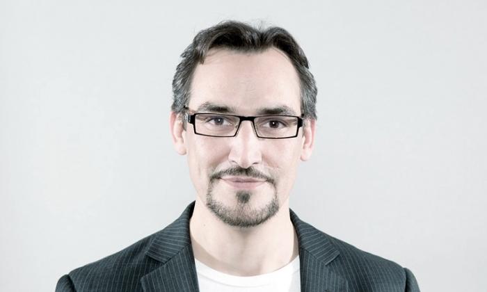 Andreas Koller, COMMUNICAT